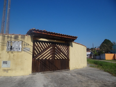 Bela Casa De Esquina Em Mongaguá!!! Ref.6231 R