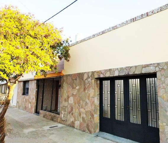 Casa Venta 3 Dormitorios , Cochera Y Parrilla -terreno 116 Mts 2 - Tolosa