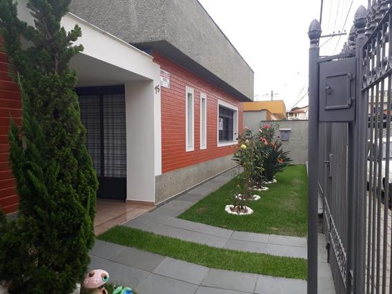 Casa Em Alto Padrão Em Caxambu , Sul De Minas , Com Mais De 400 M2 De Construção , Área Gourmet. - 517