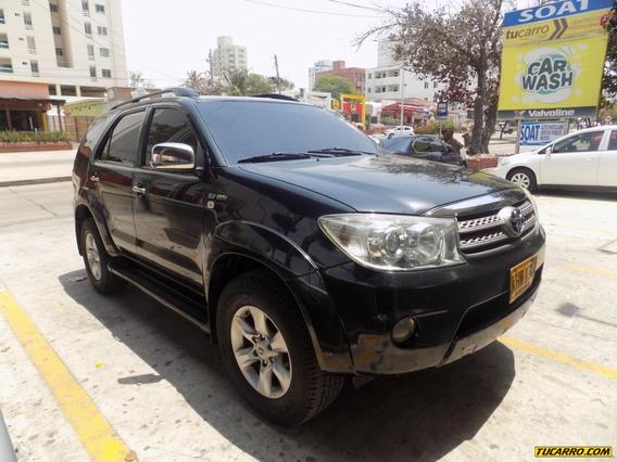 Toyota Fortuner Urbana Sr5