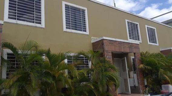 Casa En Alquiler Camino De Tarabana Rahco