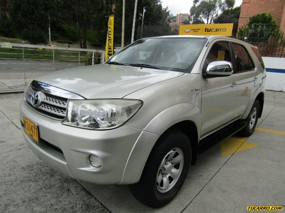 Toyota Fortuner Sr5 At 2.7 4x2 7psj