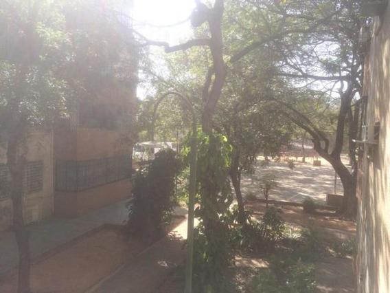 Apartamento En Venta Resd Universitaria
