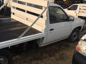 Nissan Pick-up Pickup