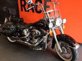 Harley Davidson - Heritage Softail Classic - Preta