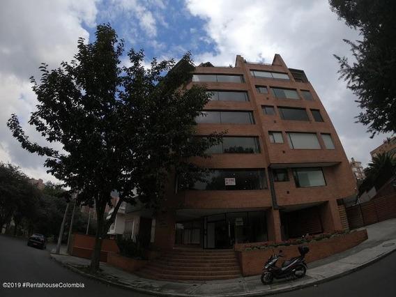 Acogedor Apartamento En Venta En El Castillo Mls 20-67