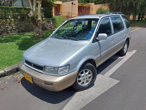 Hyundai Santamo 2.0 2wd Mt 7pts