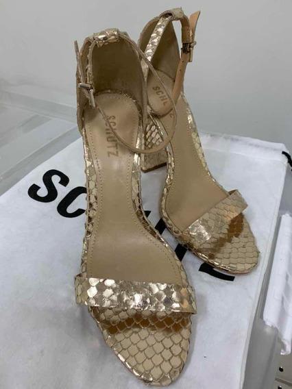 Sandália Schutz Dourada