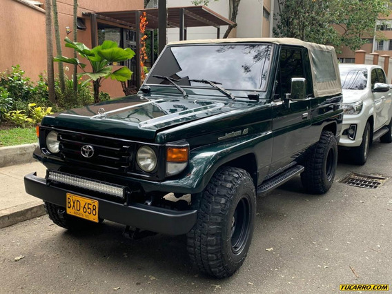 Toyota Land Cruiser Mt 4500 4x4
