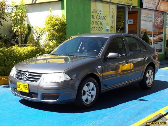 Volkswagen Jetta 2.0 Mt