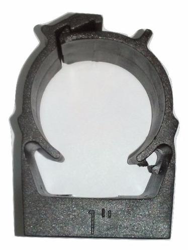 Imagem 1 de 1 de Kit 100 Abraçadeira Click Plástica Para Tubo 1 Polegada