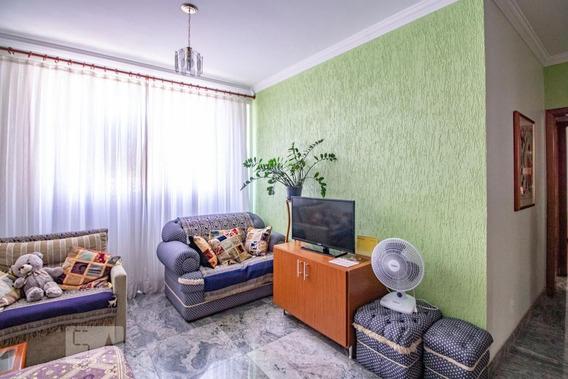Apartamento No 7º Andar Com 2 Dormitórios E 1 Garagem - Id: 892971322 - 271322