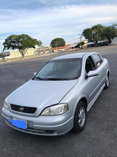 Chevrolet Astra Sedan 2001 1.8 Gl 4p Gasolina