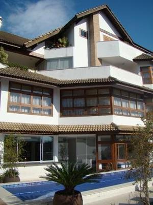 Casa Para Venda Em São Bernardo Do Campo, Parque Terra Nova Ii, 4 Dormitórios, 4 Suítes, 3 Banheiros, 6 Vagas - Sb040