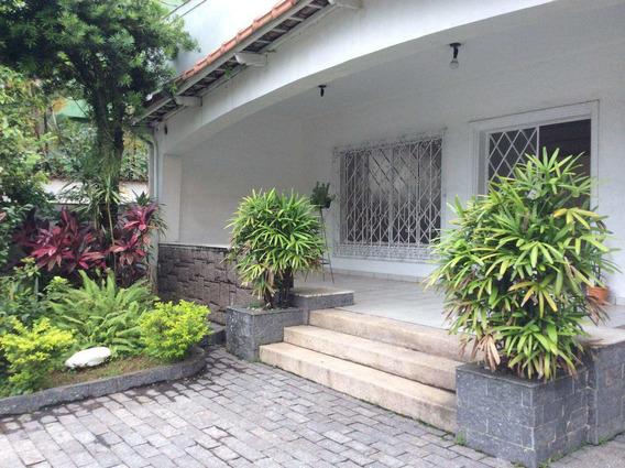 Casa Com 4 Dorms, Centro, São Vicente - R$ 1.2 Mi, Cod: 834 - A834