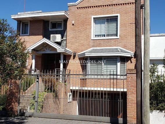 Hermosa Casa En Venta De 3 Dormitorios En Ezpeleta