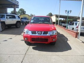 Nissan Np300 2.4 2014 Pick-up Dh Mt