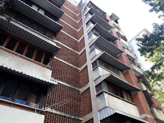 Apartamento En Venta 20-3710 Adriana Di Prisco 04143391178