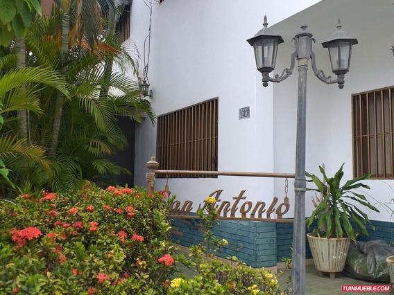 Casas En Venta 19-12079 Astrid Castillo 04143448628