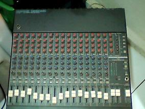 Mesa De Som Mackie Cr-1604 Phantom Power 16 Canais