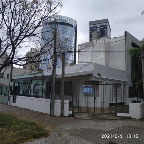 Oportunidad Unica Casa En Puerto Del Buceo De 2 Dormitorios