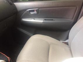 Toyota Hilux 4x4 Pick Up