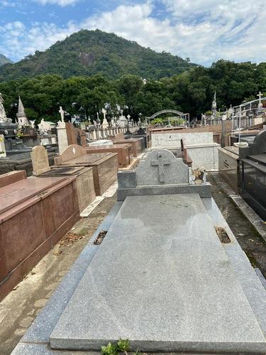 Jazigo Pertétuo No Cemitério São João Batista - Botafogo