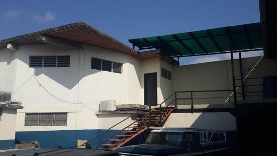 Galpon En Alquiler Zona Centro De Barquisimeto 20-1671 Jg