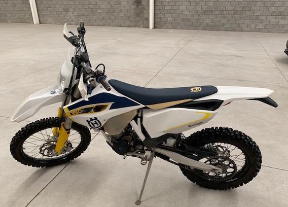 Motocicleta Husqvarna 350fe Como Nueva!! 49 Horas De Uso