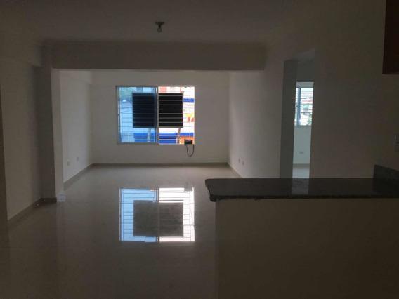 Apartamento En Alquiler A 3 Esquina De La Sabana Larga