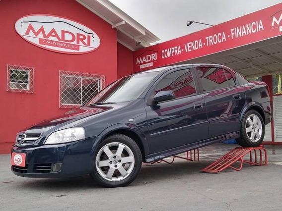 Astra Sedan Elite 2.0 2005