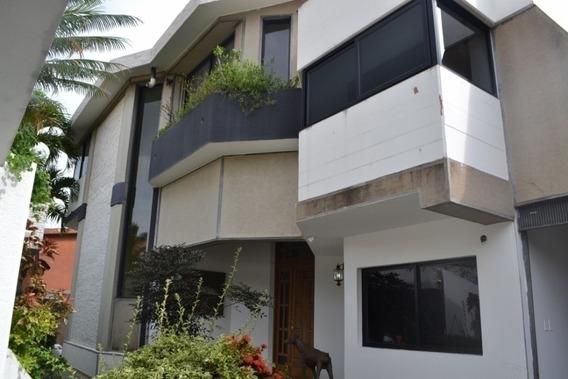 Casa En Venta En Altos De Guataparo Raq