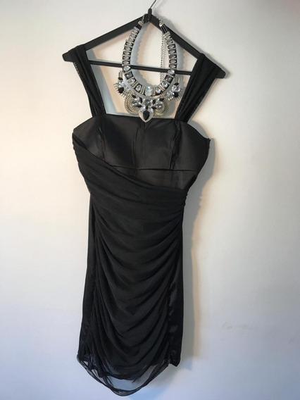 Vestido Negro De Mab. Beauty Icon
