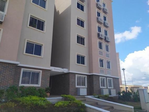 Apartamentos En Alquiler Barquisimeto, Lara Lp Flex N°20-800