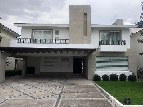 Casa En Venta En Residencial La Providencia, Metepec, Toluca