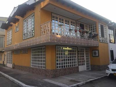 Vendo Casa Esquinera, Ubicada En Guaduas/cundinamarca