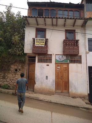 Se Vende Una Casa De Tres Pisos