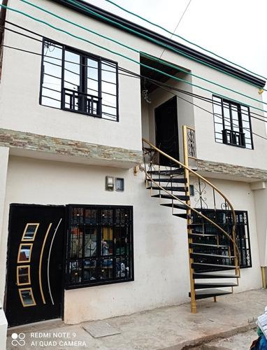 Gangazo Ven-permuto Hermosa Casa Con Dos Apartamentos
