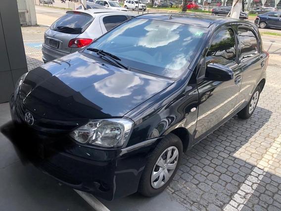 Toyota Etios 1.3 X Único Dono