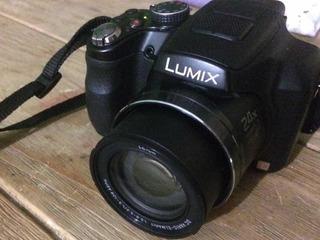 Cámara Semi Profesional Panasonic Lumix