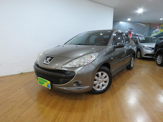 Peugeot 207 Sedan 1.4 Xr Passion 8v Completo Só 73.400 Kms
