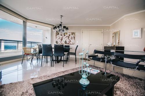 Imagen 1 de 28 de Apartamento En Venta Ocean Drive Punta Del Este  Tres Dormitorios En Suite- Ref: 27399