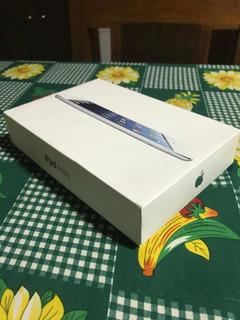iPad 16 Gb + Funda Original De Apple