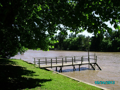 Exelente Chalet Frente Al Rio Lujan Acceso Tierra Y Agua