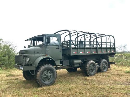 Imagem 1 de 9 de Caminhao 4x4 Militar   Mercedes-benz  LG-1519 6x6 Boomerang