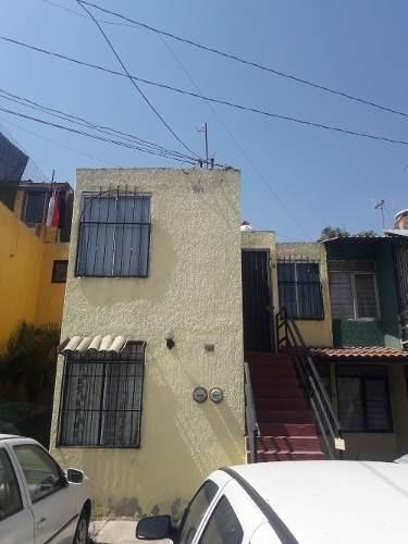 Casa Duplex En Planta Alta En Venta, Jardines Del Valle