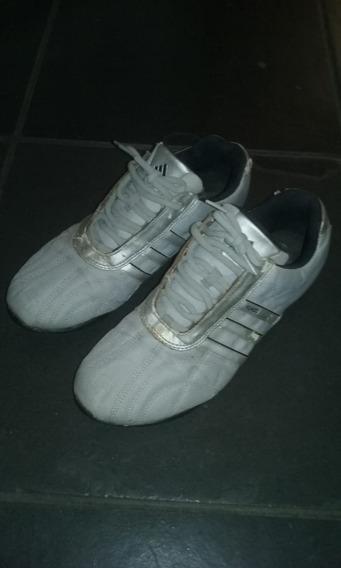 Tênis adidas Kundo