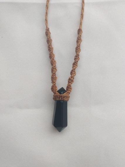 Colar Artesanal Em Macramê Com Obsidiana Negra