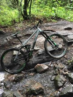 Bicicleta Cube Fritzz Enduro All Mountain Mtb