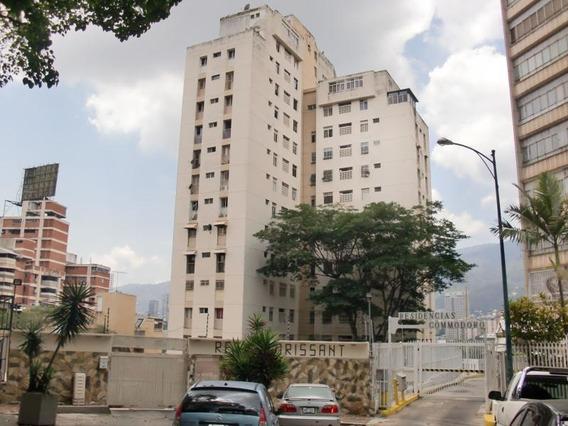 Apartamentos En Venta - Clnas. De Bello Monte - 19-7463